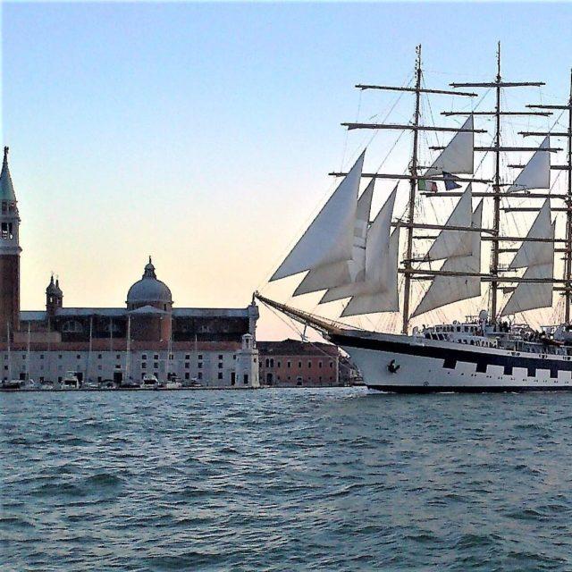 Venice needs nofilter sunset italia igersitalia igveneto welovesailing coastlines sailinghellip