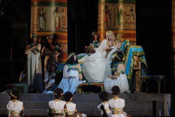 Actress performing Aida at Arena di Verona (C) Photo Ennevi.jpg