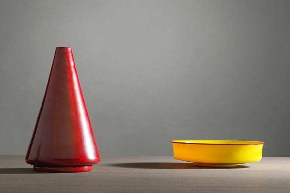 The M.V.M. Cappelling Glassworks and the Young Carlo Scarpa 1925-1931 - Vase in red glass paste and cup in yellow and red glass paste, 1930 ca. Ph by Enrico Fiorese