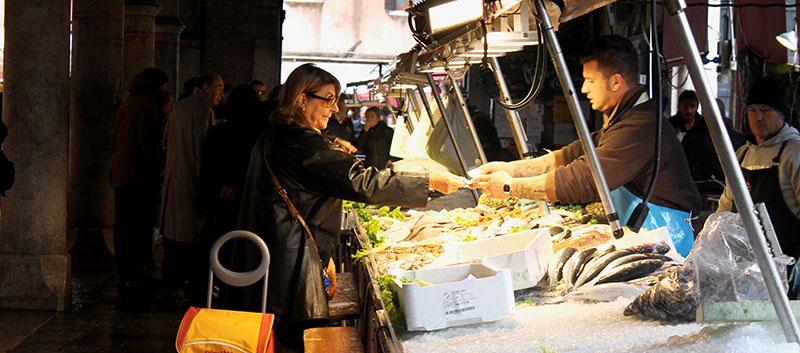 Rialto Fish Market credits Lucia Corniani