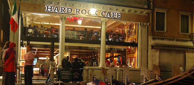 Hard_Rock_Cafe_Venice_@_Night_(3501014920)