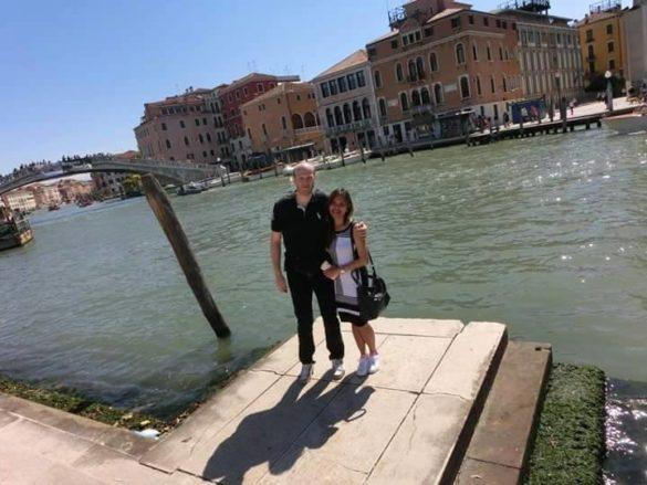 Iris Villanueva Kljunic (Philippines) and husband in honeymoon