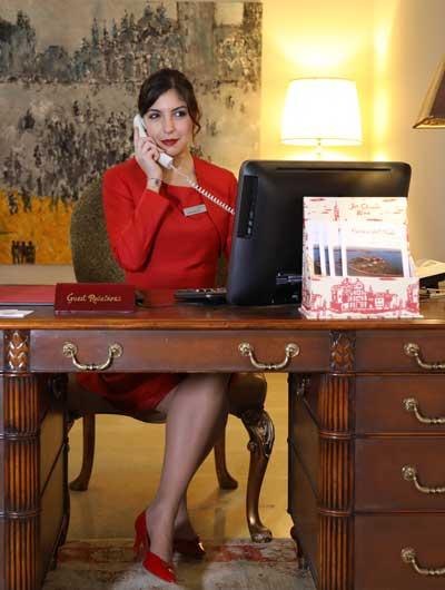 Carlotta Smerghetto, Front Desk