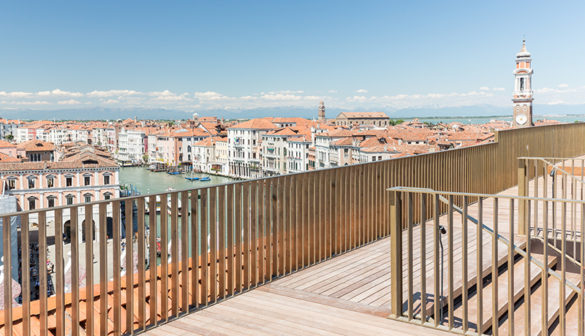 The Terrace of T-Fondaco - Photo by Delfino Sisto Legnani and Marco Cappelletti © OMA
