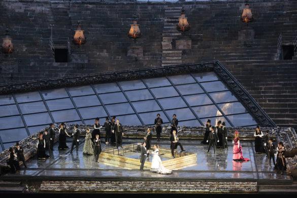 Traviata at the Roman Verona Arena (C) Photo Ennevi
