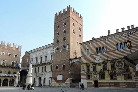 Verona-Dante-Square