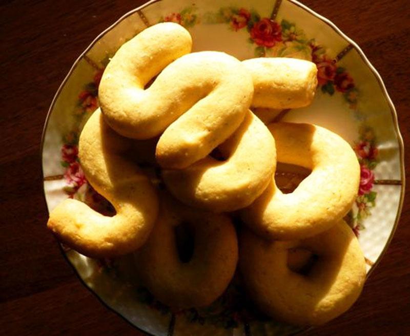 Buranelli biscuits