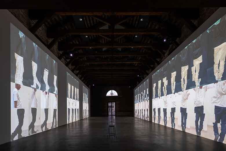 "Bruce Neuman ""Contrapposto Studies"" PH © Marco Cappelletti"