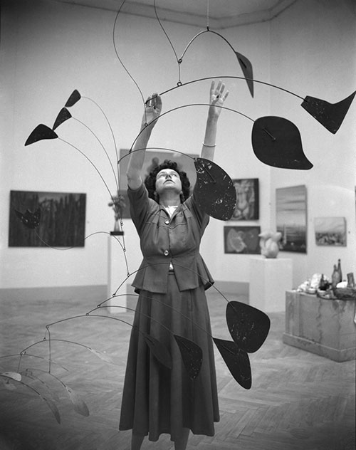 Peggy Guggenheim at the Biennale photo credits Dino Jarach