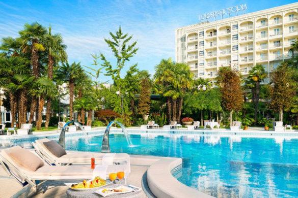 Hotel Trieste and Victoria