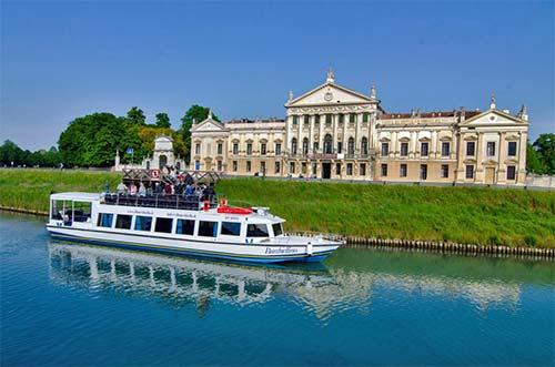 A cruise on the Brenta - Villa Pisani